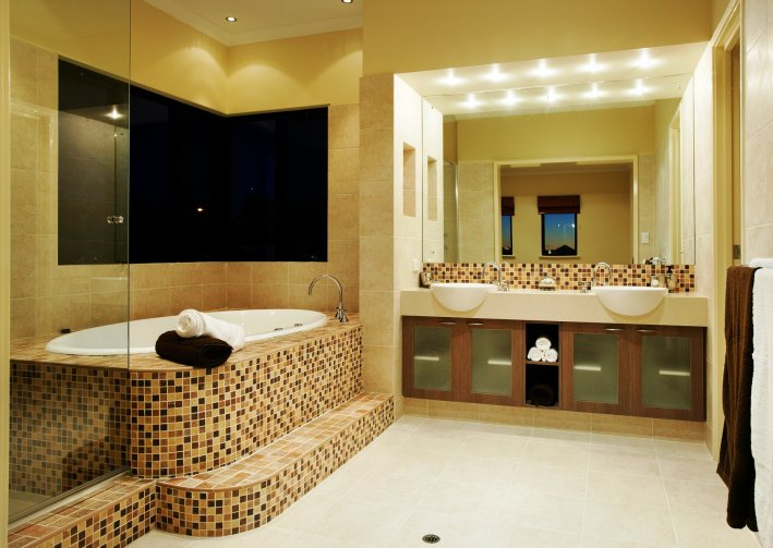 7 Simplest Tips to Decorate Your Bathroom | Women Tips