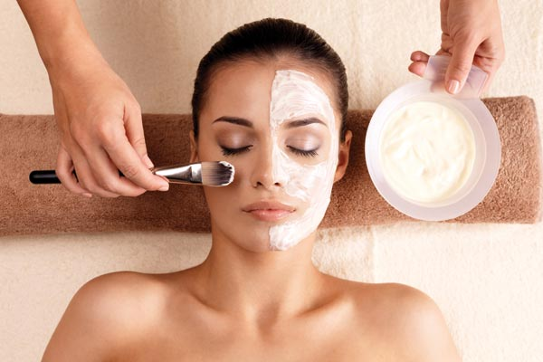 Get a dazzling look with DIY Facials
