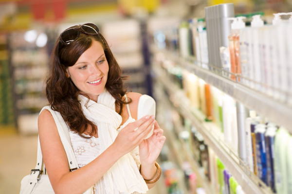 Things you need to check while choosing your shampoo