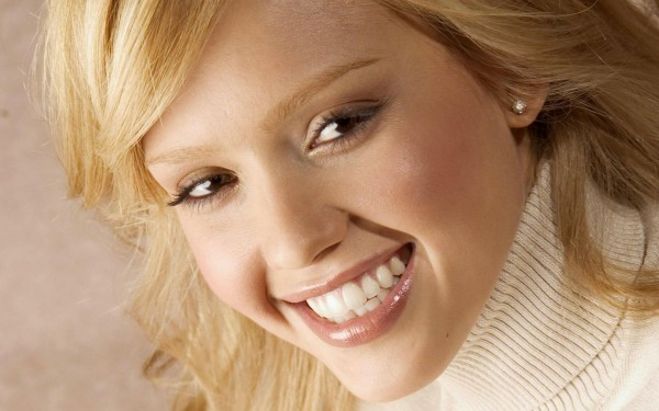 Learn Why Brighter Teeth Make A More Brilliant Impression