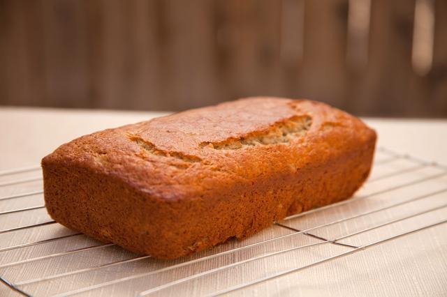 5 Top Reasons For Sunken Cakes