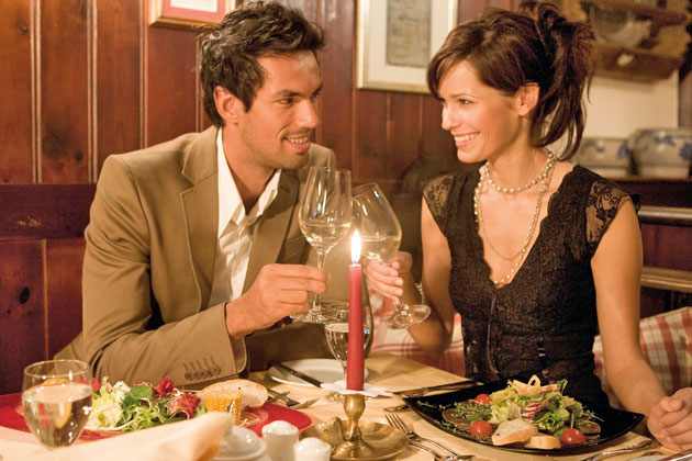 5 Ways to Add a Touch of Romance to your Meal